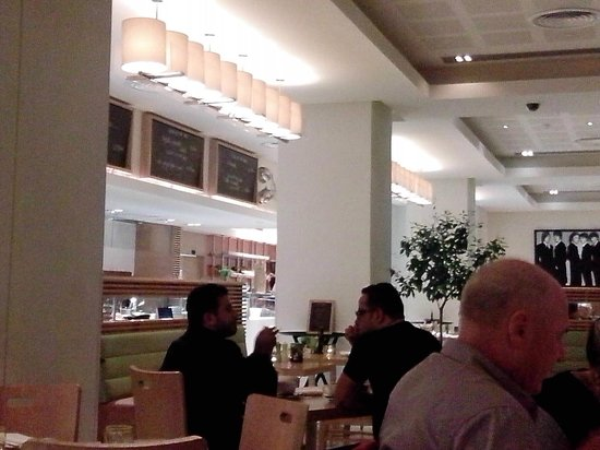 Radisson Blu Hotel Bucharest: La Citta Caffe