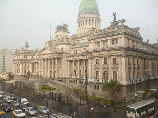 Hotel Dos Congresos: Vista do Quarto Quadruplo - Congresso Argentino