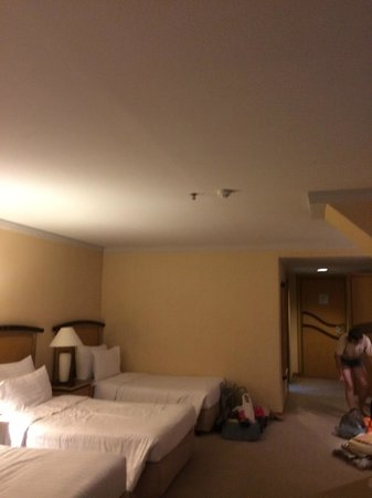Baiyoke Sky Hotel: Not enough light in the room. There is no a single lamp/bulb on the ceiling