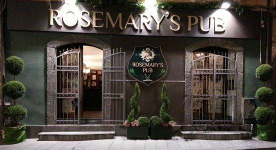 Nicolosi, Italie : Rosemary's pub
