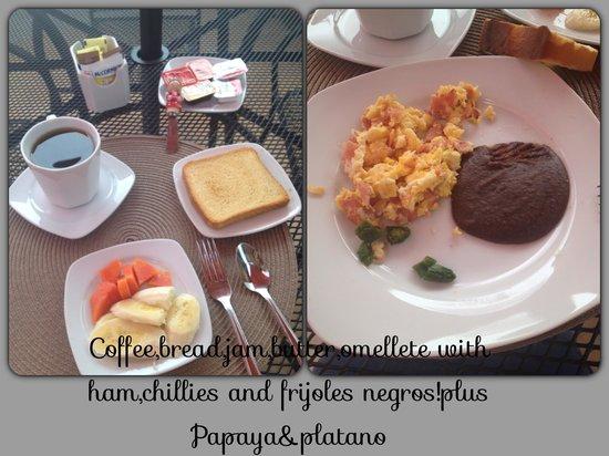 La Leyenda Youth Hostel: Lovely breakfast!