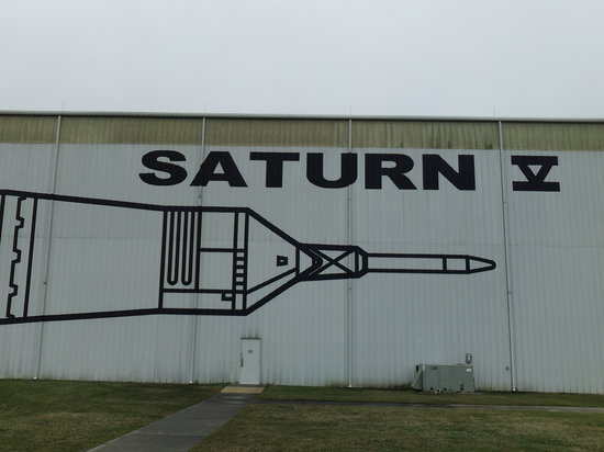 Best Western Webster Hotel, NASA: Free Saturn V Exhibit on Saturn Drive