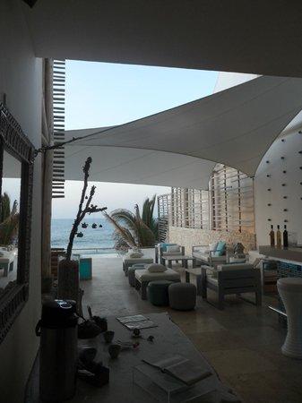 DCO Suites, Lounge & Spa: Vista del hotel
