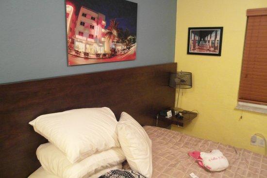 Starlite Hotel : Habitacion