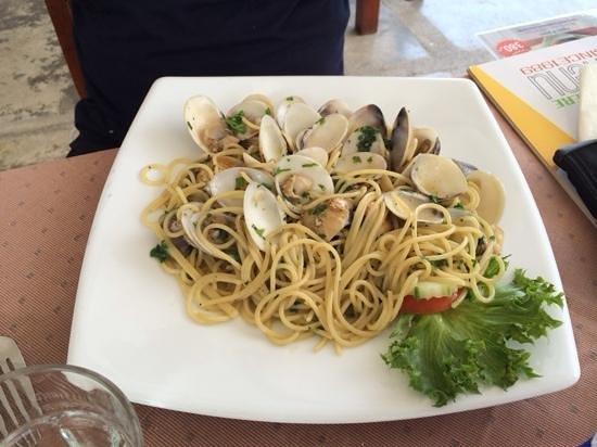 Il Tagliere da Massimo: spaghetto alle vongole