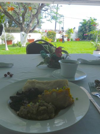 Herdmanston Lodge -- Guyana Hotels: Sunday Brunch