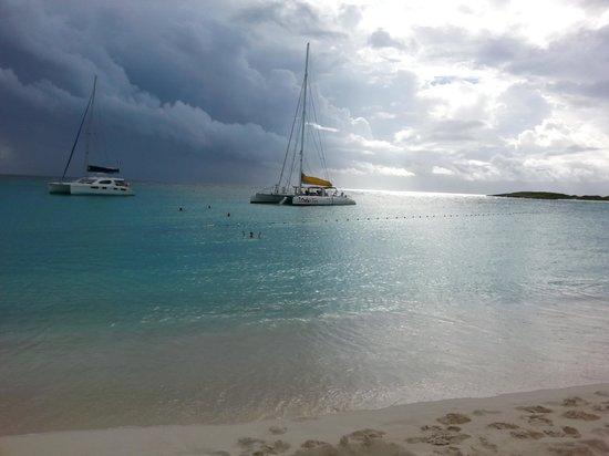 Scoobidoo : Sccobi Two off the coast of Anguilla