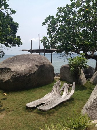 Pulau Pangkil: By the pool area
