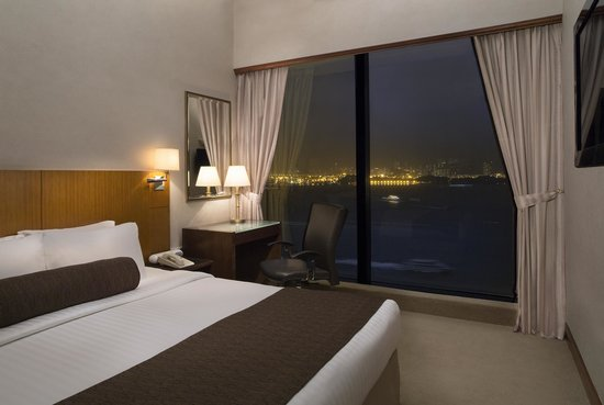 Island Pacific Hotel: Harbour View Room 海景客房
