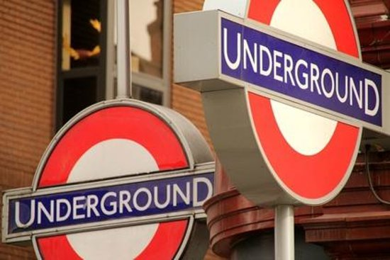 London Premier Walking Tours: London Underground Treasure Hunt
