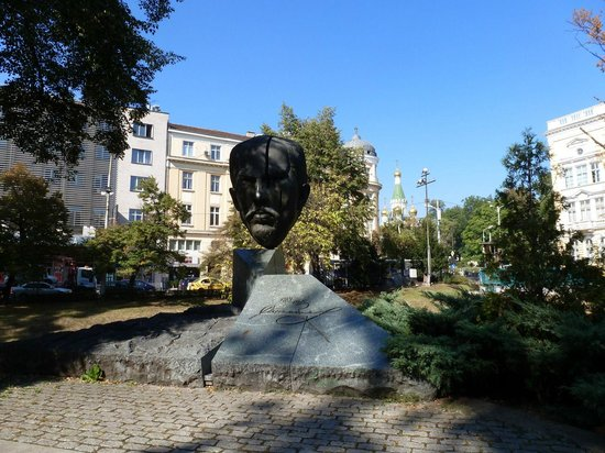Free Sofia Tour: he knows how to get a head in life