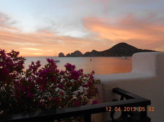 Pueblo Bonito Los Cabos: Veiw of lands end from Suite 202 (sunrise)