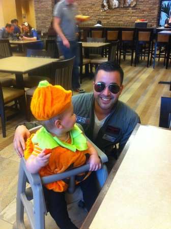 Homewood Suites by Hilton Phoenix Chandler Fashion Center: Leo with my son on Halloween