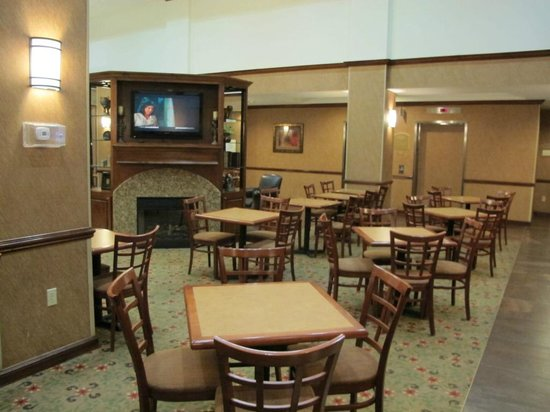 Holiday Inn Express Hotel & Suites Irving North-Las Colinas: dining area