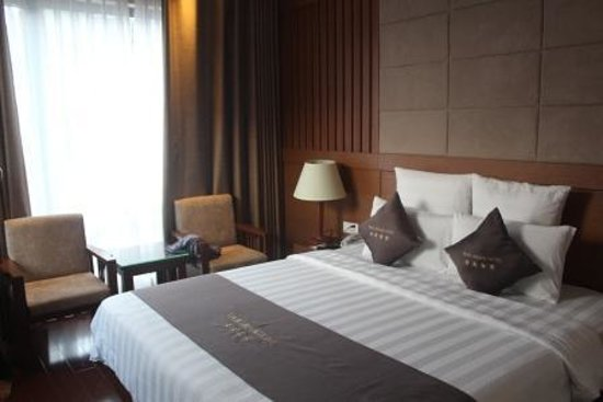 EdenStar Saigon Hotel: Well Laid Spacious Room