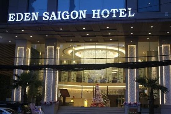 EdenStar Saigon Hotel: Wide Entrance