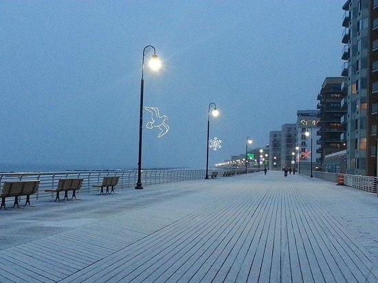 Long Island, Estado de Nueva York: Long Beach boardwalk, December 10 2013