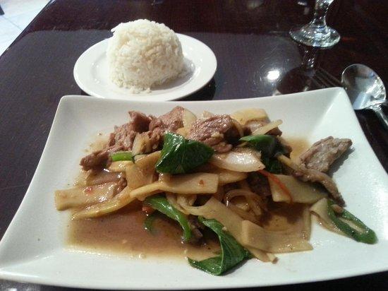 Siam Thai Restaurant: Beef w/ Basil
