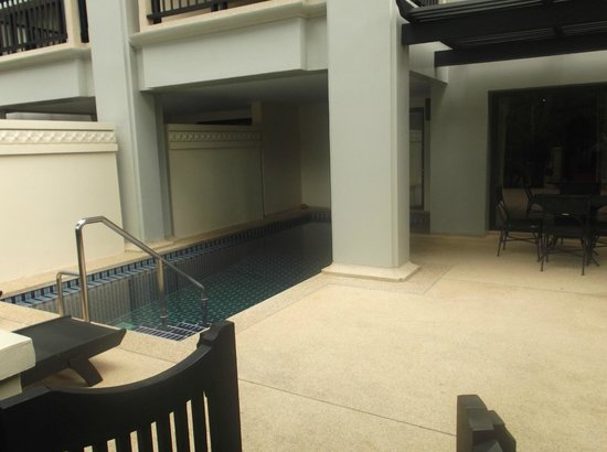 Marriott's Phuket Beach Club : back exit (with private pool)