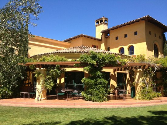 Solvang Taxi and Wine Tours: Melville Estate Winery