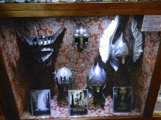 The Weta Cave : Props from LOTR in the shop