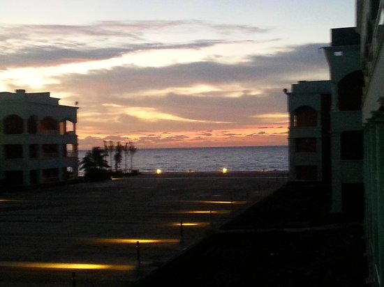 Heaven en Hard Rock Hotel Riviera Maya: sunrise
