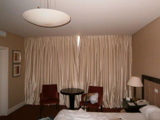 Iguazu Grand Resort, Spa & Casino: vedação do quarto