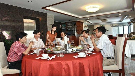 Sen Hotel : Restaurant