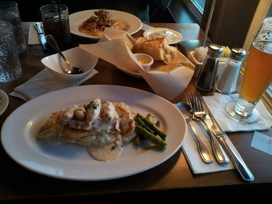 Kyllo's Seafood Grill : 맛에 비해 좀 비싼편이나 먹을만함~