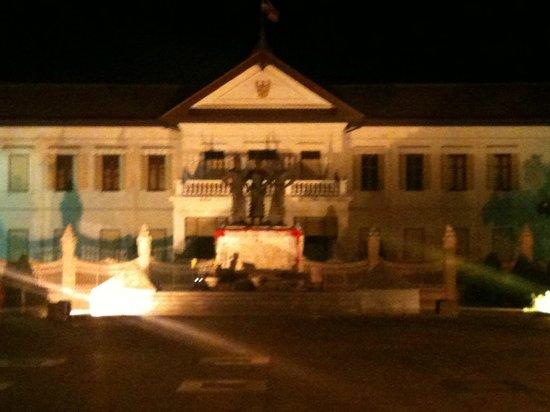 Loft Residence Chiang Mai : The three kings.