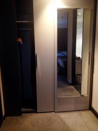 SKYCITY Hotel: Closet and full-length mirror