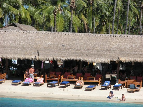 Gili Air Resort : Time for a cold one?