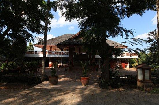 Mohn Mye Horm: lobby
