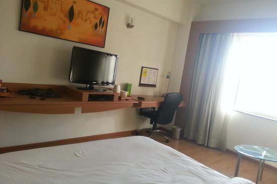 Lemon Tree Hotel, Ahmedabad : Room