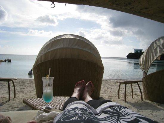 The Westin Resort Guam : 専用カバナから
