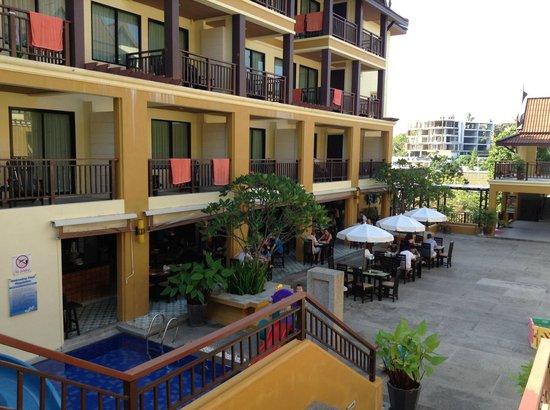 Diamond Cottage Resort & Spa: внизу столовая, где подают завтрак
