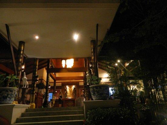 Diamond Cottage Resort & Spa: ресепшн