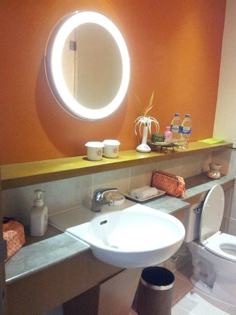 Angsana Bintan: bathroom2