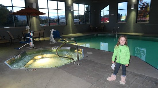 Best Western Premier Ivy Inn & Suites: swimming pool
