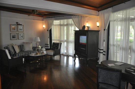 Centara Grand Beach Resort & Villas Hua Hin: Living room