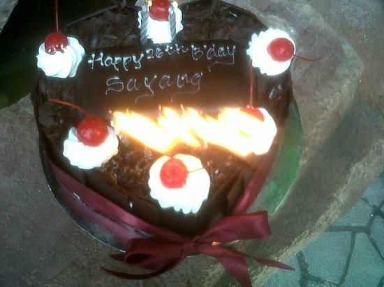 Bali deli cake