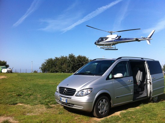 Scafati, Italia: minivan and helicopter for an unforgettable day