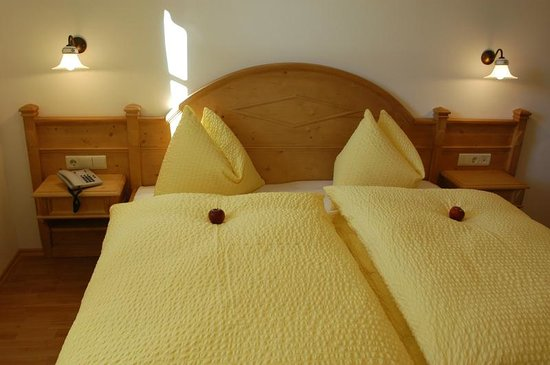 Rainerhof: Doppelbett