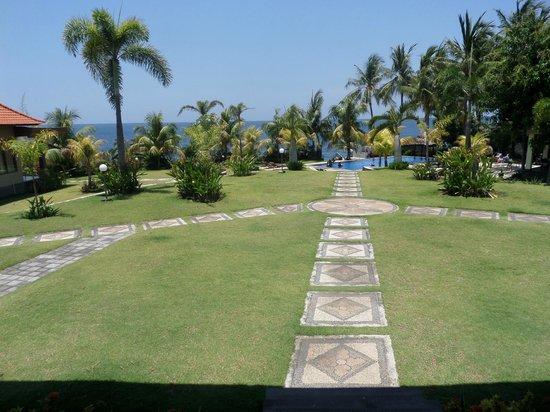 Ocean View Dive Resort Tulamben: view from front single beds room