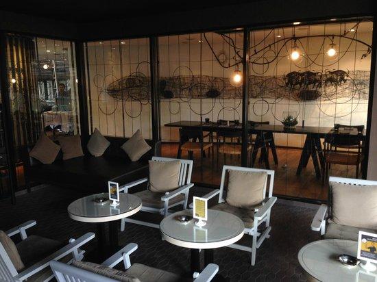 Tenface Bangkok: Breakfast Dining Area