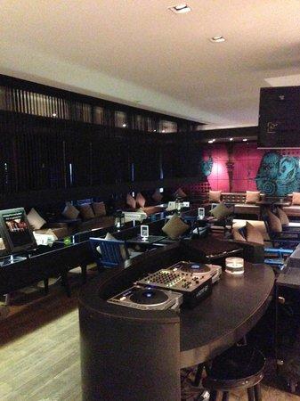 Tenface Bangkok: Bar