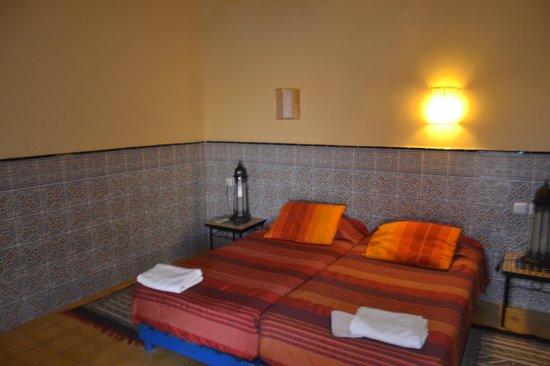 Hotel Riad Ali : Номер