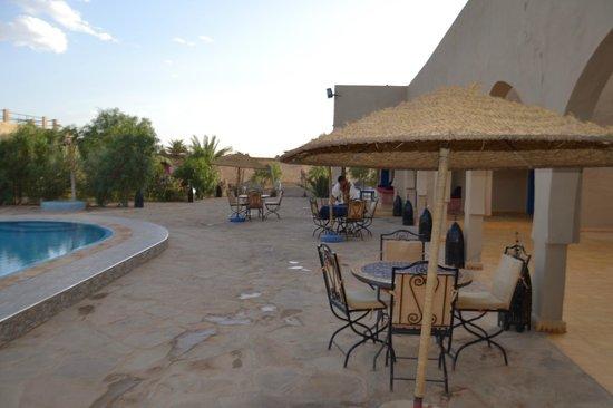 Hotel Riad Ali : Интерьер отеля