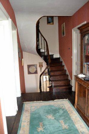 Manoir La Breuille : Stairwell