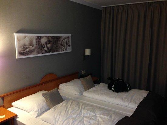 Leonardo Hotel Hamburg Airport: Dobbeltværelse